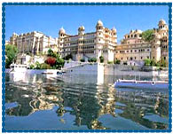 http://hotels.indobase.com/udaipur-hotels/images/hotel-fatehprakash-udaipur.jpg